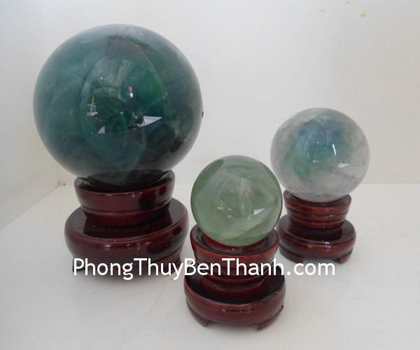 cau da da quang xanh 02 Quả cầu đá quý phong thủy dạ quang xanh quyết định sáng suốt DT177