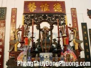 2250 thocung Kiêng kỵ đặt giường ngủ ngay phía sau bàn thờ