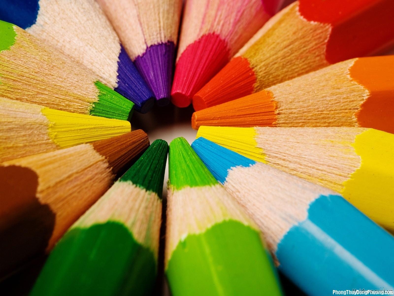 01 phoimautrongnhahopphongthuy sonhanoi Giải mã các bí ẩn giấc mơ thấy nhiều màu sắc   Phần 1
