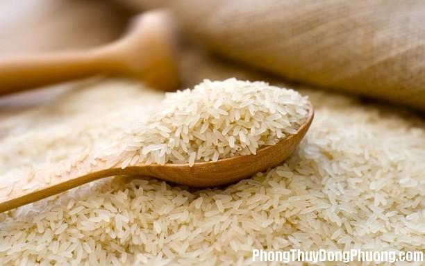 gao Giải mã các bí ẩn giấc mơ thấy hạt gạo tẻ