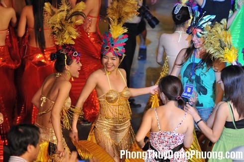 hoa trang Giải mã các bí ẩn giấc mơ thấy vũ hội hóa trang