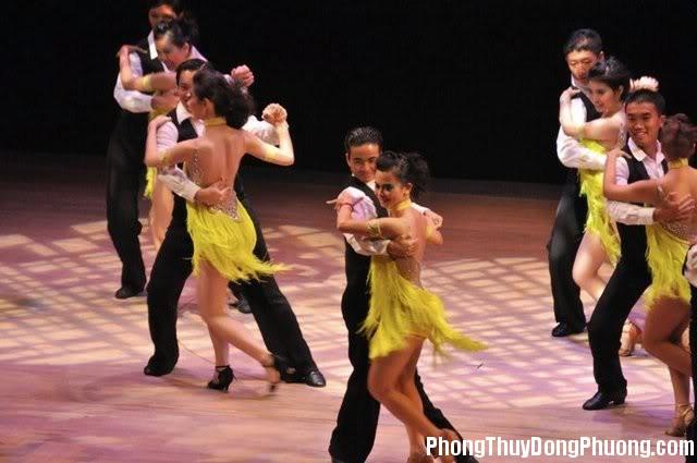 khieu vu Giải mã các bí ẩn giấc mơ thấy khiêu vũ cùng người khác