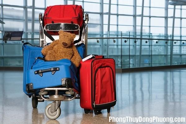 tui du lich Giải mã các bí ẩn giấc mơ thấy mang túi du lịch