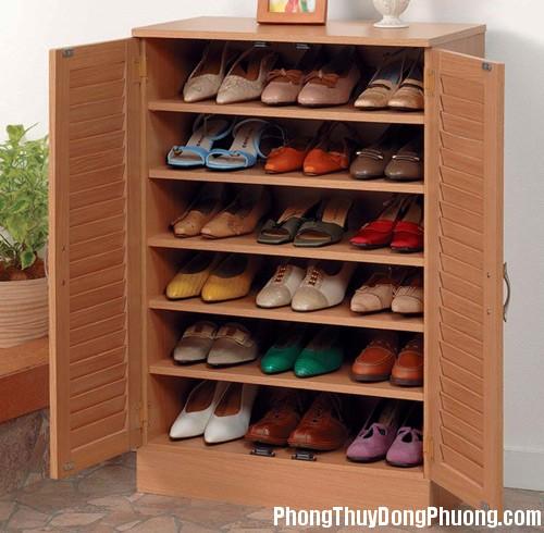 1399869514 2 Chọn vị trí kê tủ giày hợp phong thủy