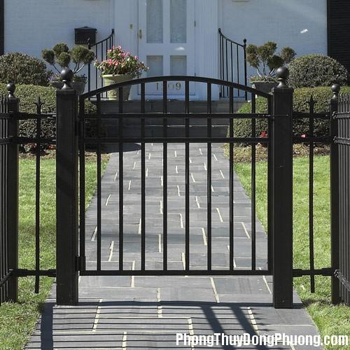 cong nha vuon Phong thủy cho cổng nhà vườn