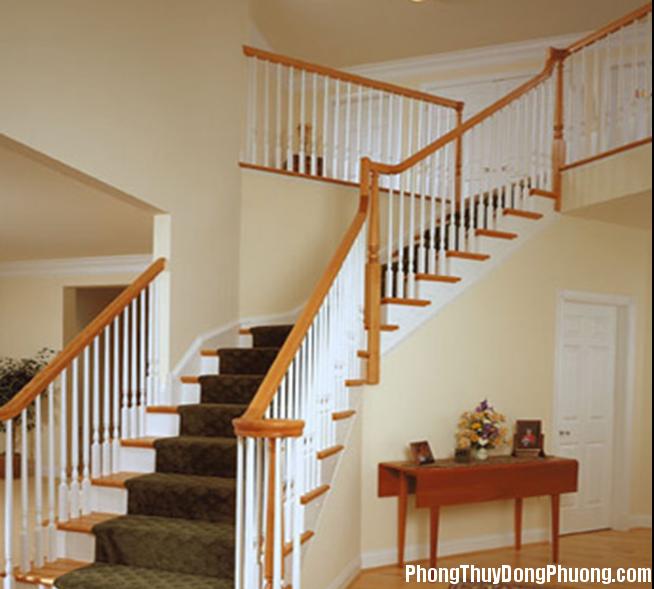 cau thang 1 dot Nguyên tắc chọn hướng cho cầu thang
