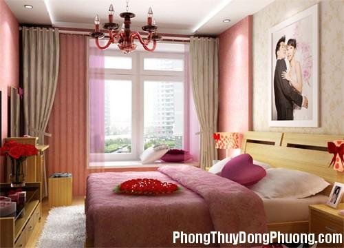 2 1380289396 Treo ảnh cưới ở đầu giường hợp phong thủy