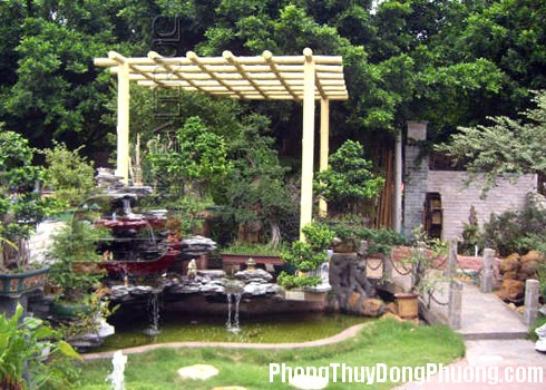 phongthuysanvuon1 1351606853 Cách khắc phục điểm thiếu phong thủy của sân vườn