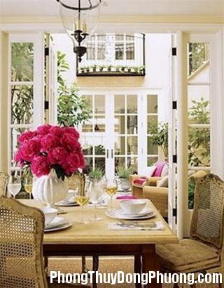 16 161211DOOLThangPT03 Phong thủy hoa tươi thu hút vận may vào nhà