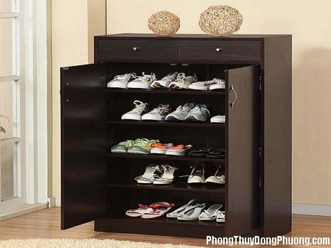27D tugiay 6 Tủ giày trong nhà mà phạm những điều này sẽ xui đủ đường