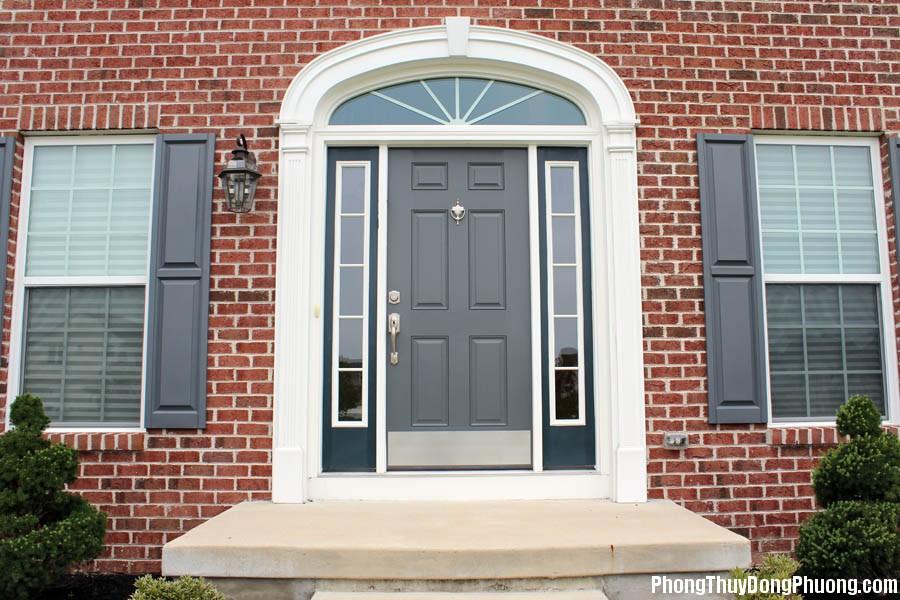 luu y ve thiet ke cua chinh khi xay dung nha 1479206543 Nên lưu ý về phong thủy khi thiết kế cửa nhà