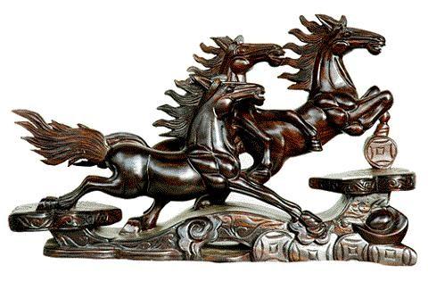 161245 ngua Vật linh trên bàn làm việc giúp thăng quan tiến chức nhanh.