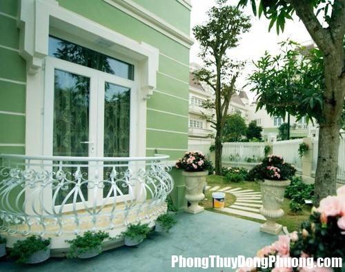 100446baoxaydung 13 14219351561956661 7678655d Nên xử lý thế nào khi nhà có đất thót hậu?