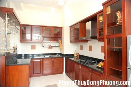 file.351778 Nhà bếp đặt ở bên phải cửa chính dễ gây ra xung đột