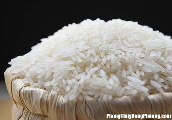 hu gao 0927 phunutoday Vị trí để hũ gạo cần thay đổi ngay kẻo kinh tế đi xuống mỗi ngày