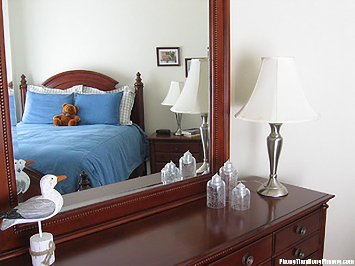 20150113090705868 Nguyên tắc bài trí gương trong phòng ngủ hợp phong thủy