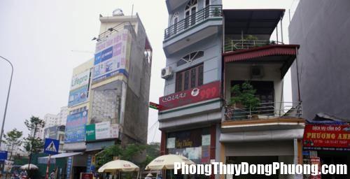 20160422103906 nha khong nen mua Những hình dáng nhà ở hung trong phong thủy