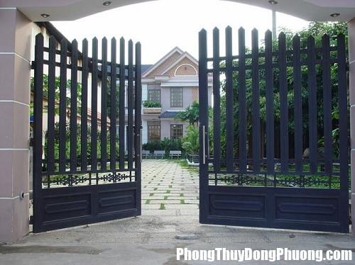 Huong cong theo the nha Chọn hướng nhà, hướng cổng hợp mệnh là đã rước một nửa tài lộc cho ngôi nhà