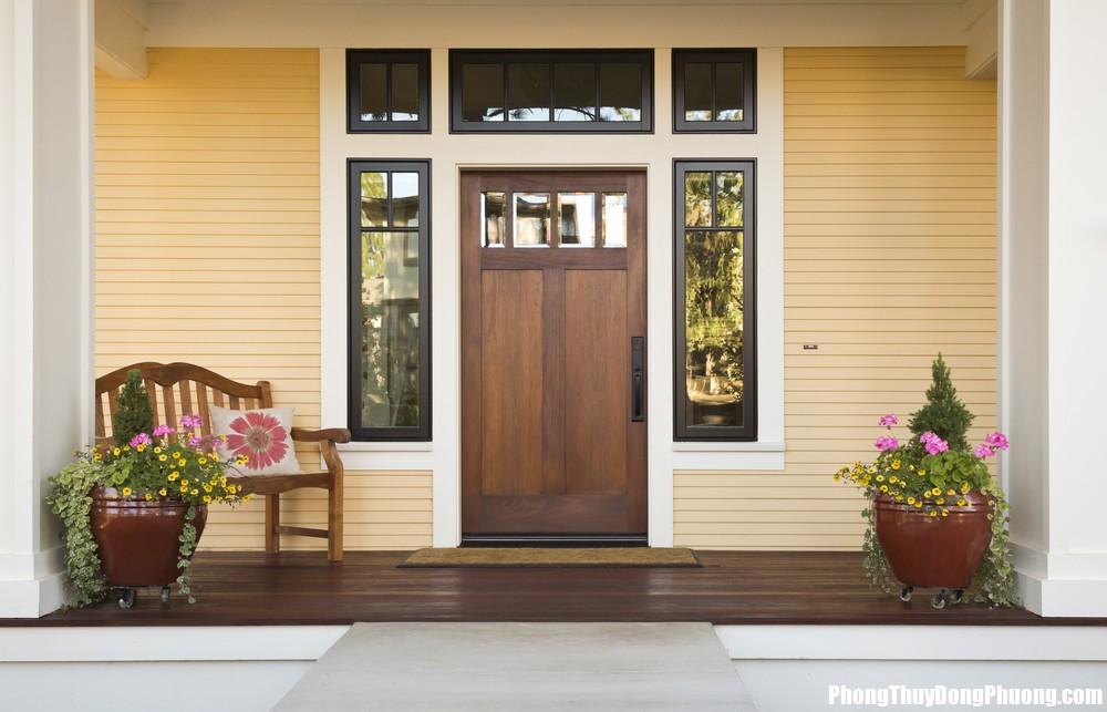 Dan Clayton custom homes Guelph spring updates Bố trí cửa chính sai cách khiến hôn nhân liên tục gặp trục trặc