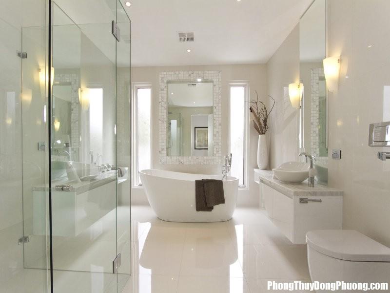 bathrooms Chọn hướng hợp phong thủy cho nhà tắm