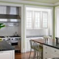 DP_Kendall-Wilkinson-mixed-color-contemporary-kitchen_h.jpg.rend.hgtvcom.966.725